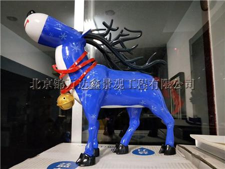 动物雕塑鹿